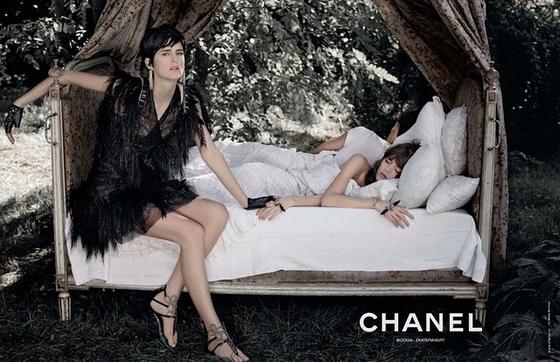 The Strange: chanel5