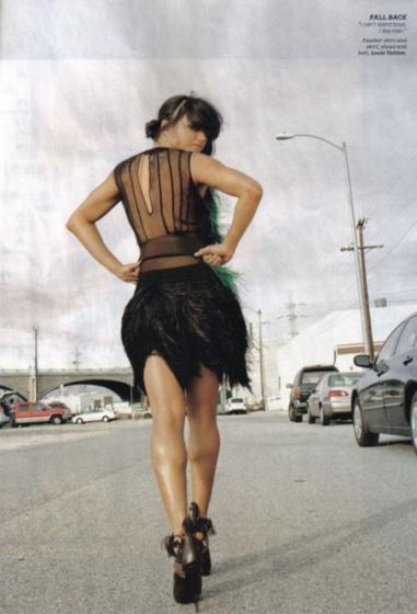 estha: michelle en la latina 02