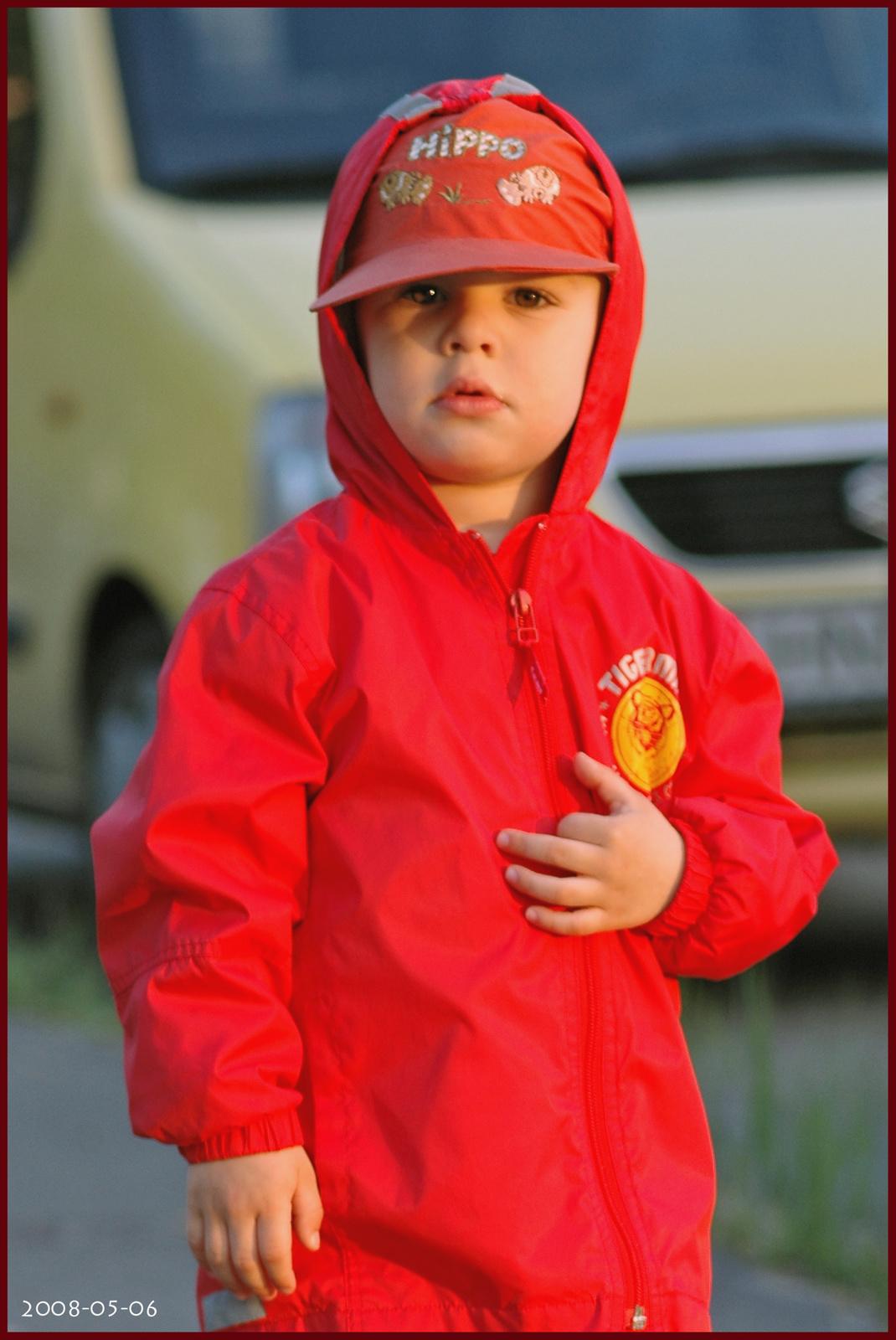 DSC 0001-kk-az én okos, gyönyörű fiú unokám...
