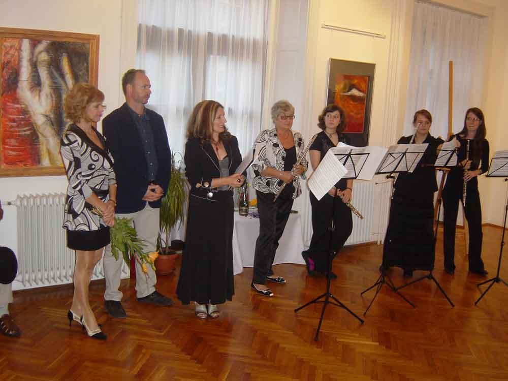 a megnyitó: Milu, Tolnay Imre, Lázárné Verebes Ilona, és a Nívó