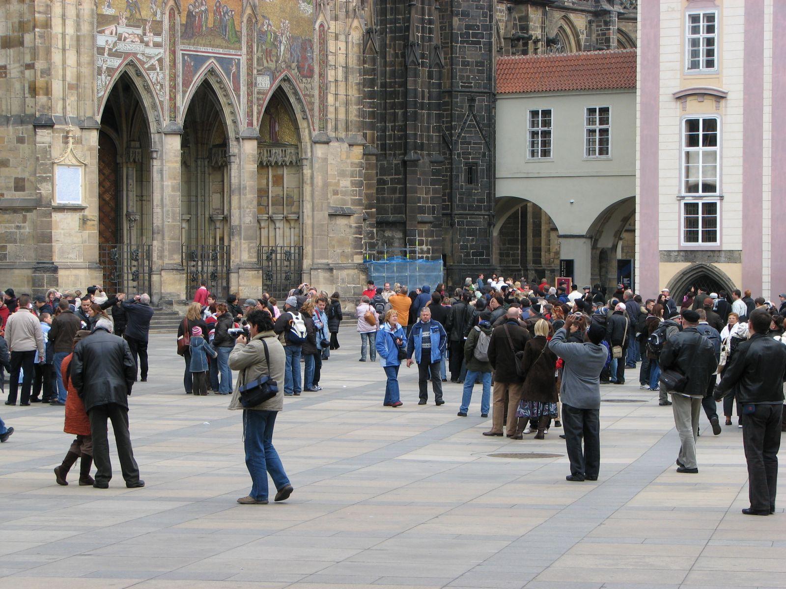 A katedrális előtti téren