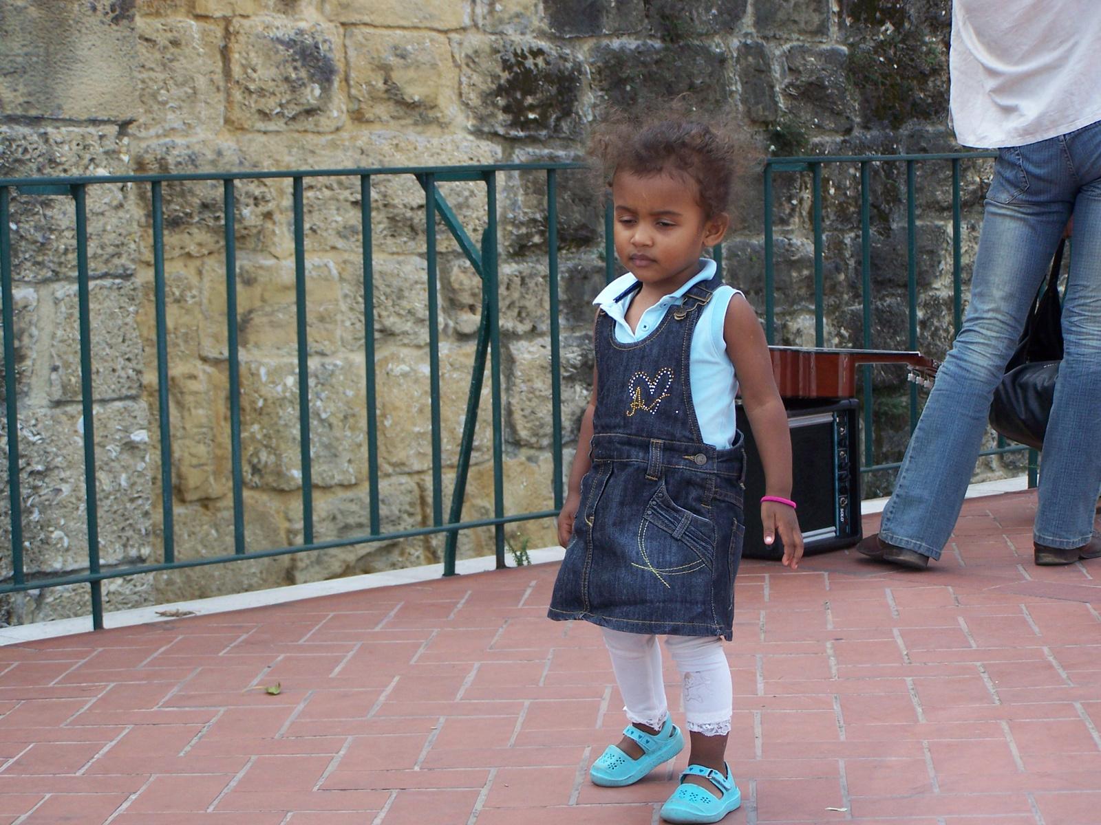 portugál gyermekdivat