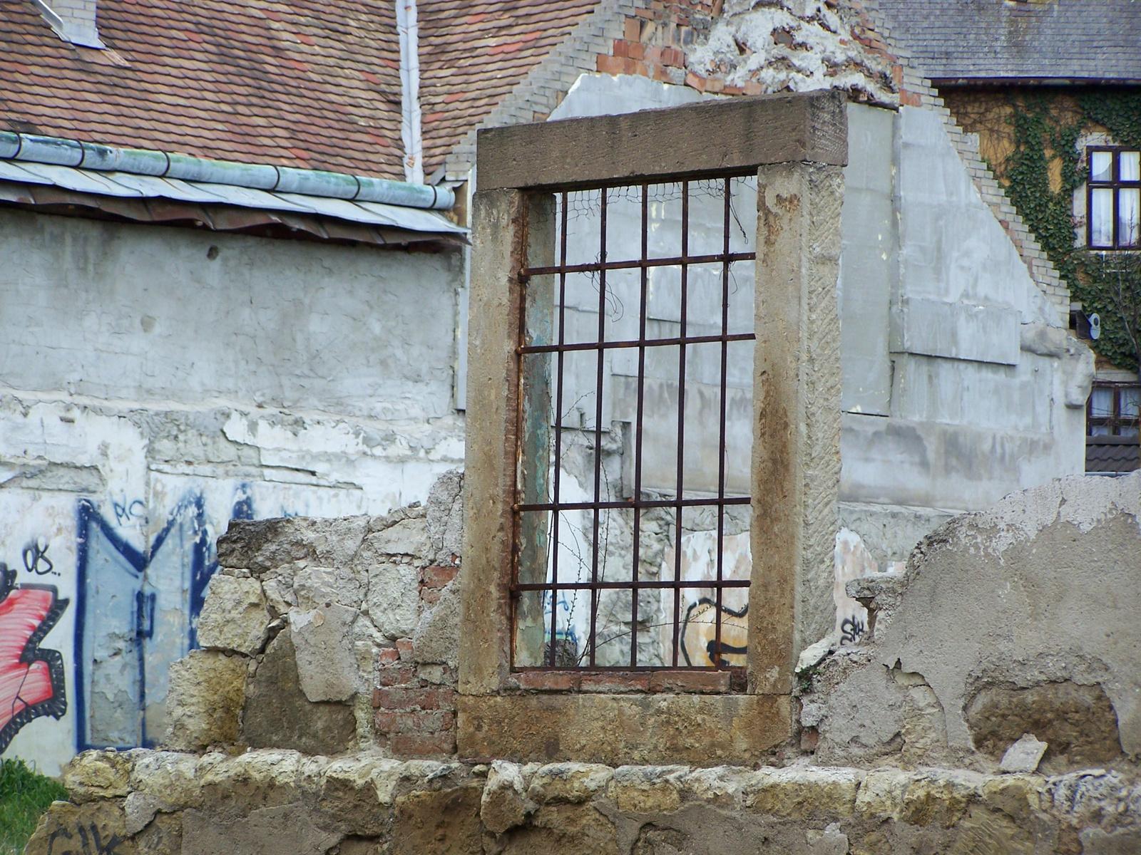 window - Eger